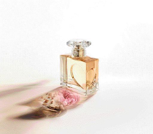Apa de parfum QNA_50 ml_extract vegetal
