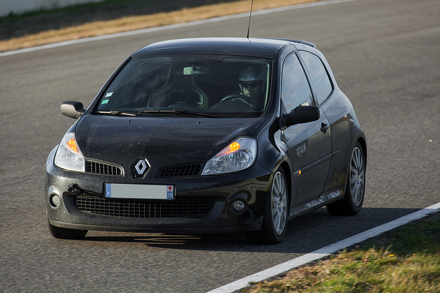 Renault Clio RS 197 (3)