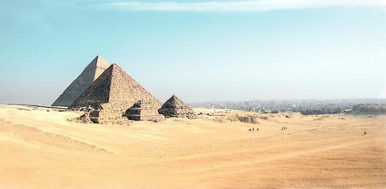 Piramidele din Egipt se redeschid publicului, după 3 luni.